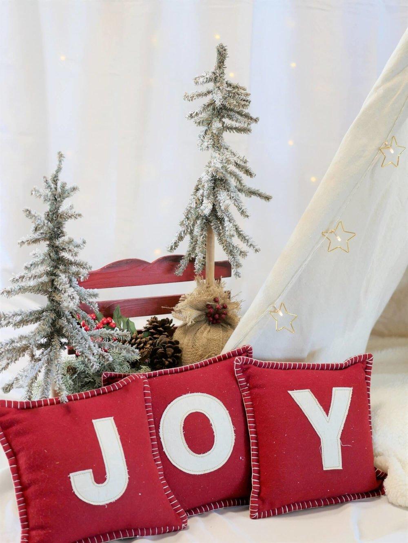 JOY pillows, Christmas decor ideas with pillows