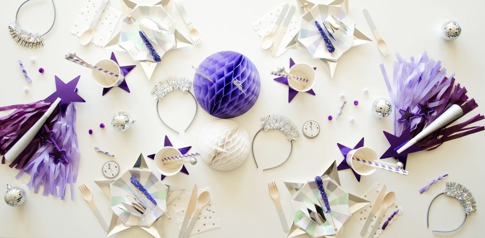 New Years party ideas, the blog also has the dessert table inspiration!