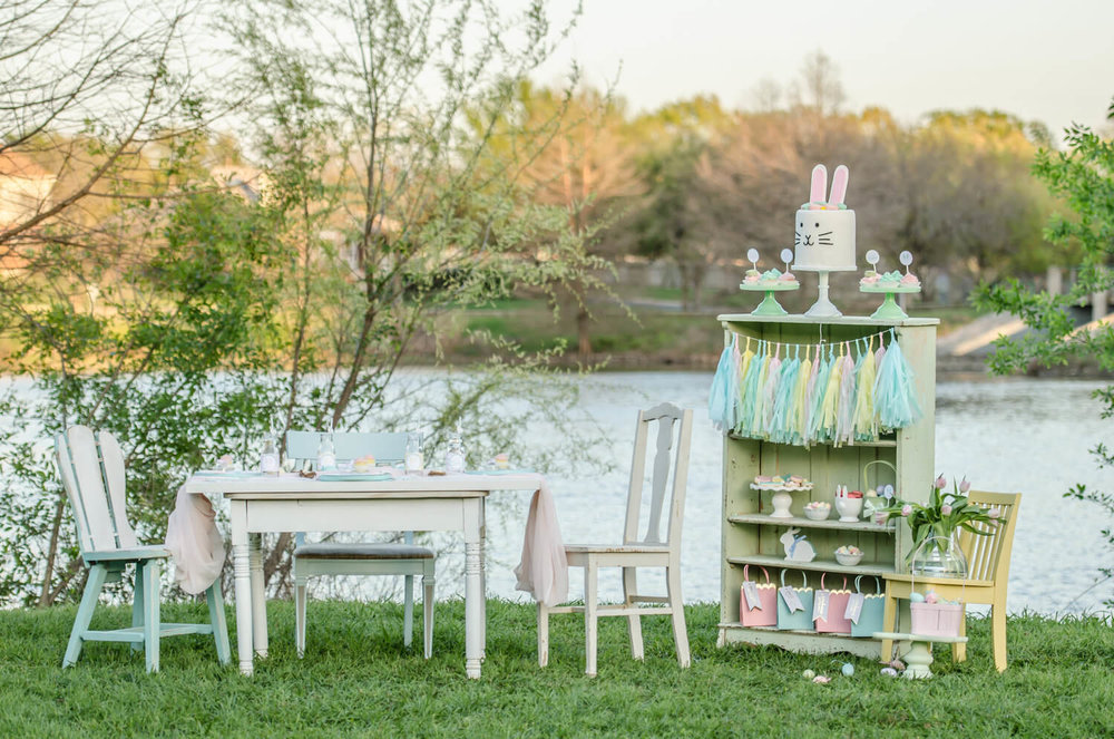 Cute ideas for planning an Easter garden party ideas for kids including a fun tablescape and the cutest bunny cake. Styling by Mint Event Design www.minteventdesign.com #easterparty #gardenparty #kidspartyideas
