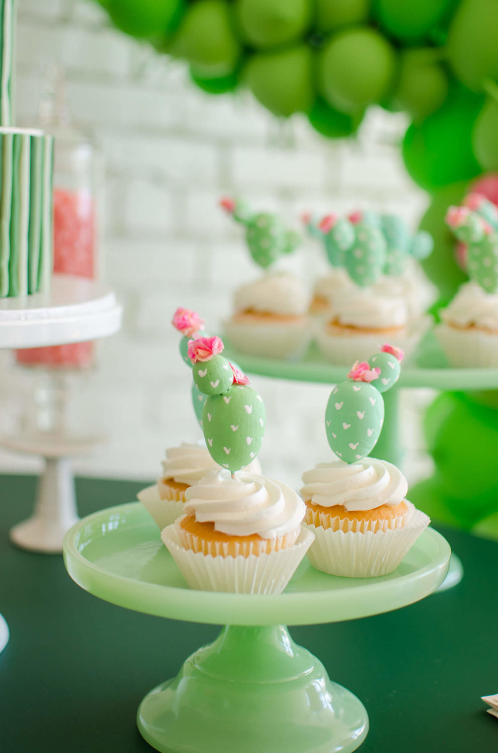 Cinco de Mayo party ideas / Cinco de Mayo desserts / Cinco de Mayo Cupcake idea / Cactus cupcake idea / Cactus Cupcake topper idea / Cinco de Mayo dessert table / Cactus DIY / Southwestern party ideas / Mint and Pink party ideas /Styled by Carolina from MINT Event Design / www.minteventdesign.com
