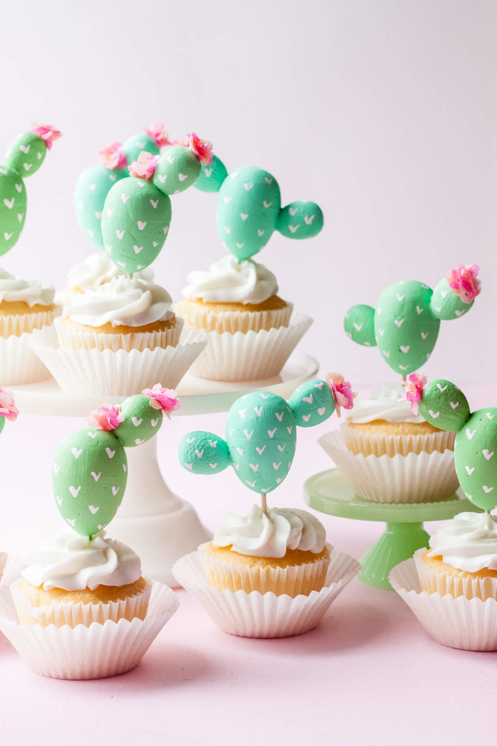 These adorable cactus cupcake toppers are so easy to make and only require a few party supplies. They're great for any Cinco de Mayo party, southwestern wedding or cactus themed party. Be sure to visit Mint Event Design www.minteventdesign.com #cupcaketoppers #cactusparty #cincodemayo #cactus #cactusdecor #partyideas #diypartydecor #partycrafts
