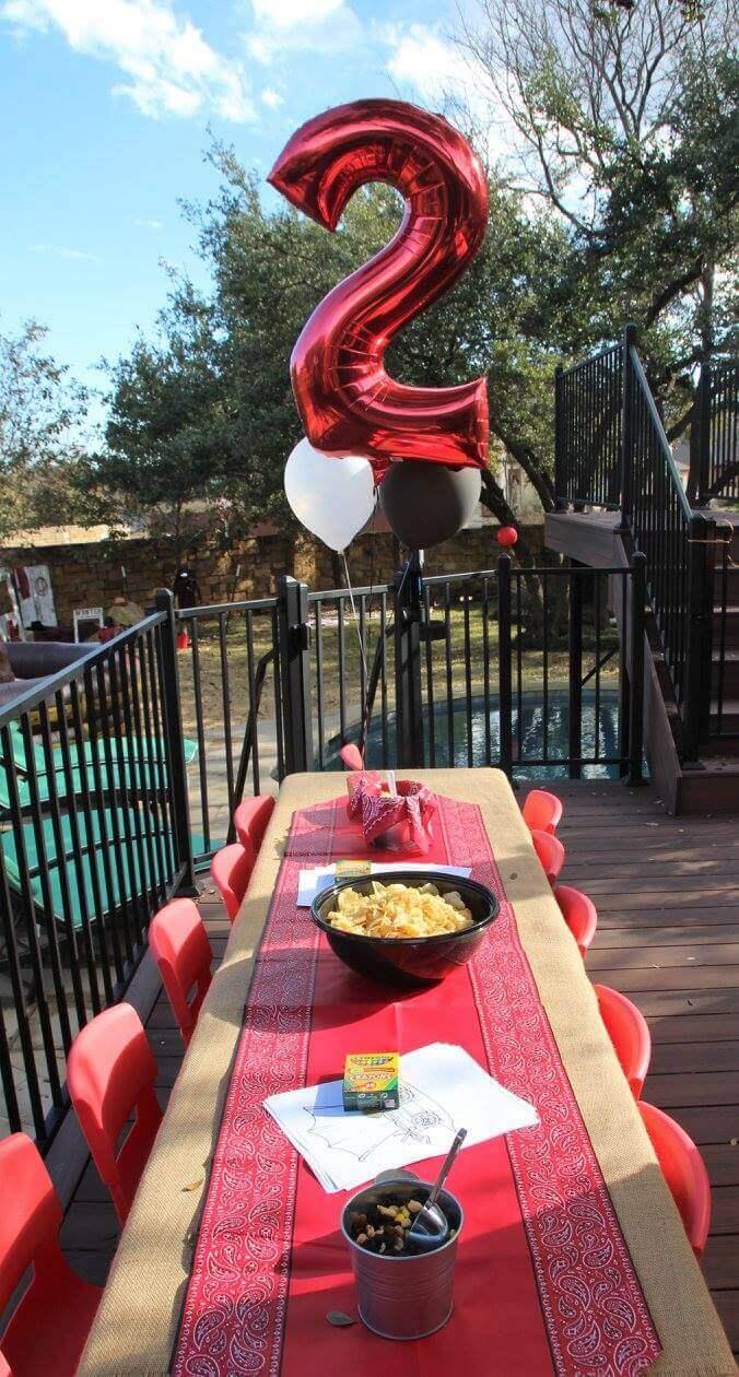 Cowboy Birthday Party Tablescape Ideas