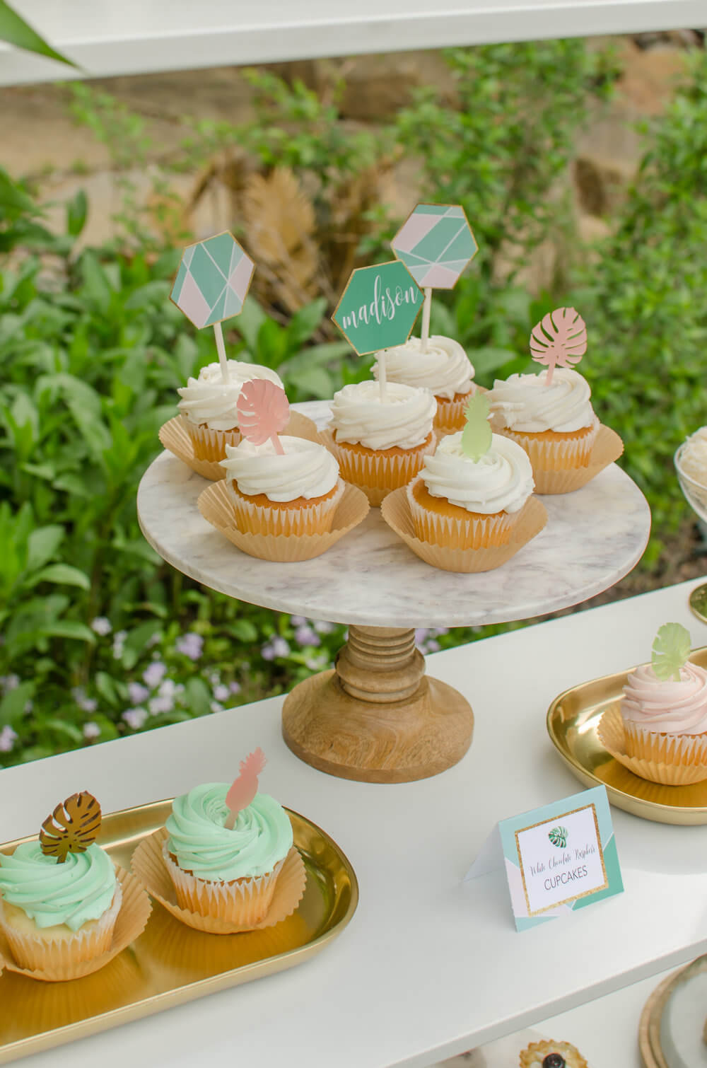 Tropical-bridal-shower-dessert-table.jpg