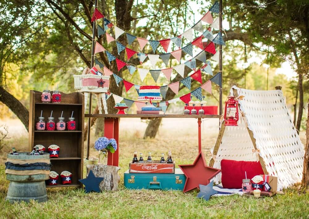 Beautiful picnic for 4th of July