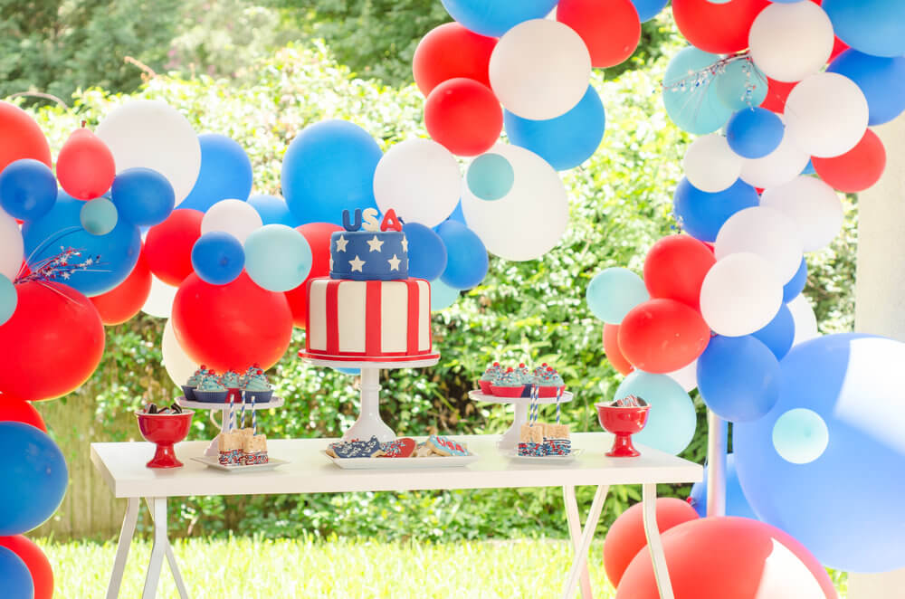 Red white and blue decor for a beautiful Independence Day party.