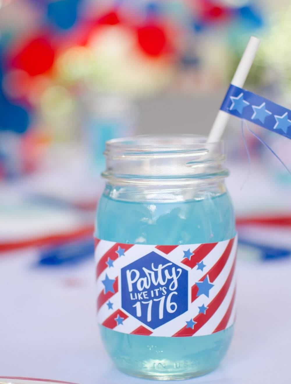 Made in the USA mason jar drinks to celebrate America.