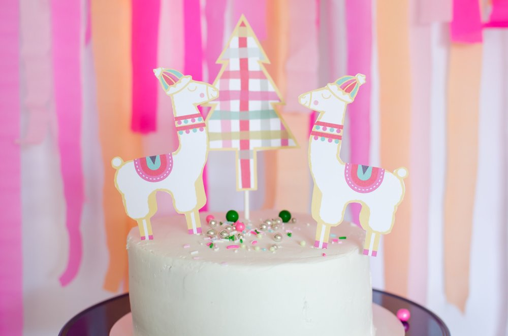 This free printable llama themed cake topper can be yours from Mint Event Design. It's just perfect for a fa la la la llama holiday party. See more from this llama Christmas party at www.minteventdesign.com and download your free printables #holidayparty #partyideas #christmasparty #holidaypartyideas #llamaparty #llamalove #partyprintables #freeprintables
