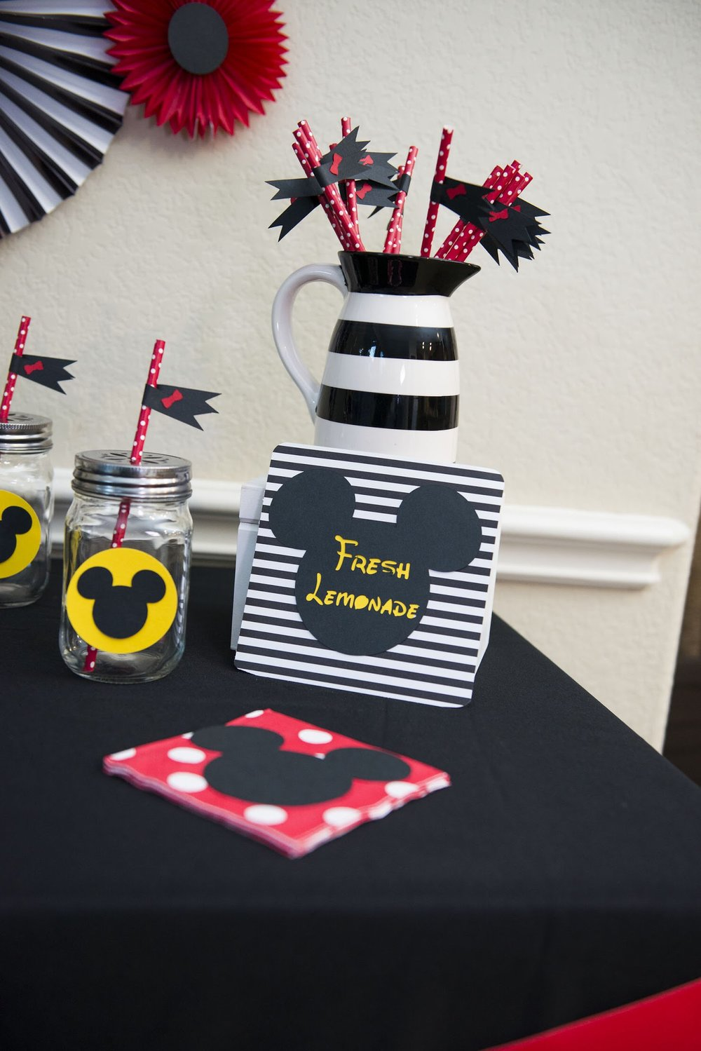 Love this black and white Mickey themed beverage station