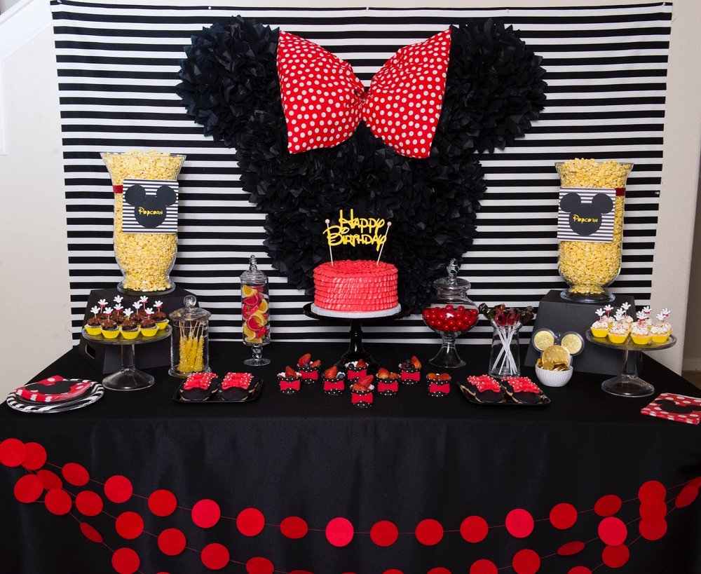 Any Disney lover would absolutely love this dessert table from Mint Event Design