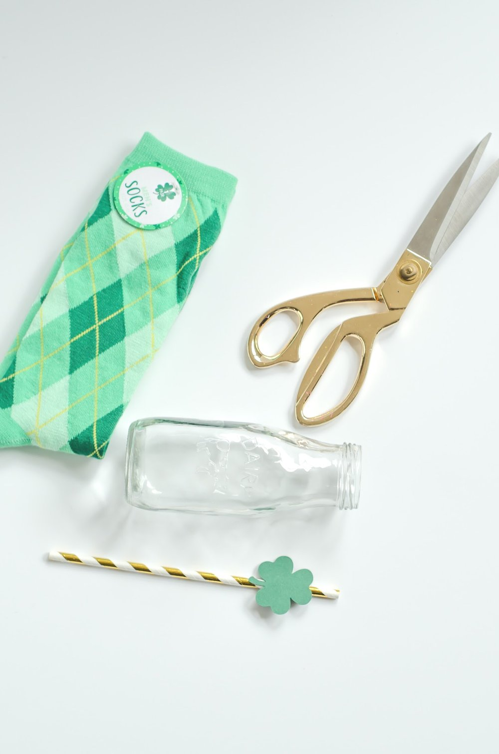 Easy and Quick DIY for St. Patrick's Day - step 1