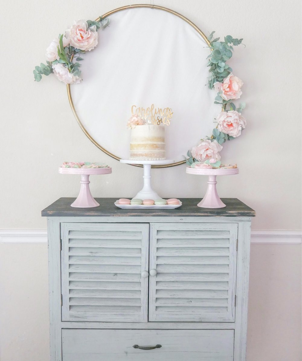 Rain or shine, your party can still be fab! Find out how to take your party indoors when you have bad weather. See all the garden party ideas from Mint Event Design www.minteventdesign.com #dessertparty #partytips #partyplanning #partyideas #diyparty #desserttable