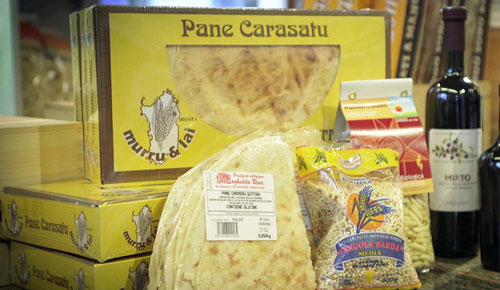 Brote, Pasta & Gewürze - Frische Brote, Pane Carasau, exklusive Teigwaren etc.