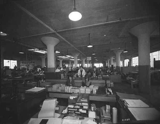 Printing advertising novelties at the Dow Building, 1925