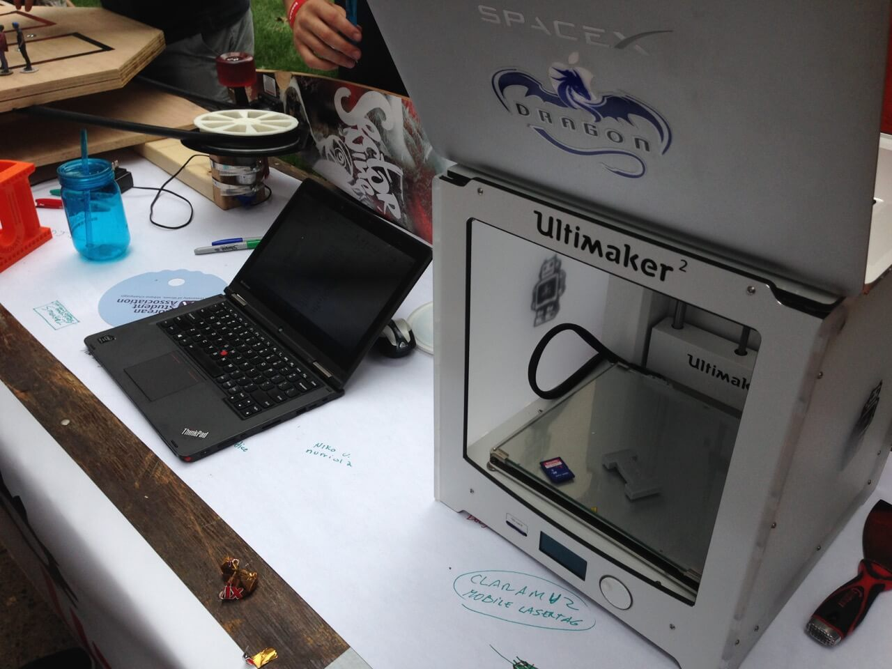 Ultimaker 2 was generously provided to Illinois MakerLab by Ultimaker