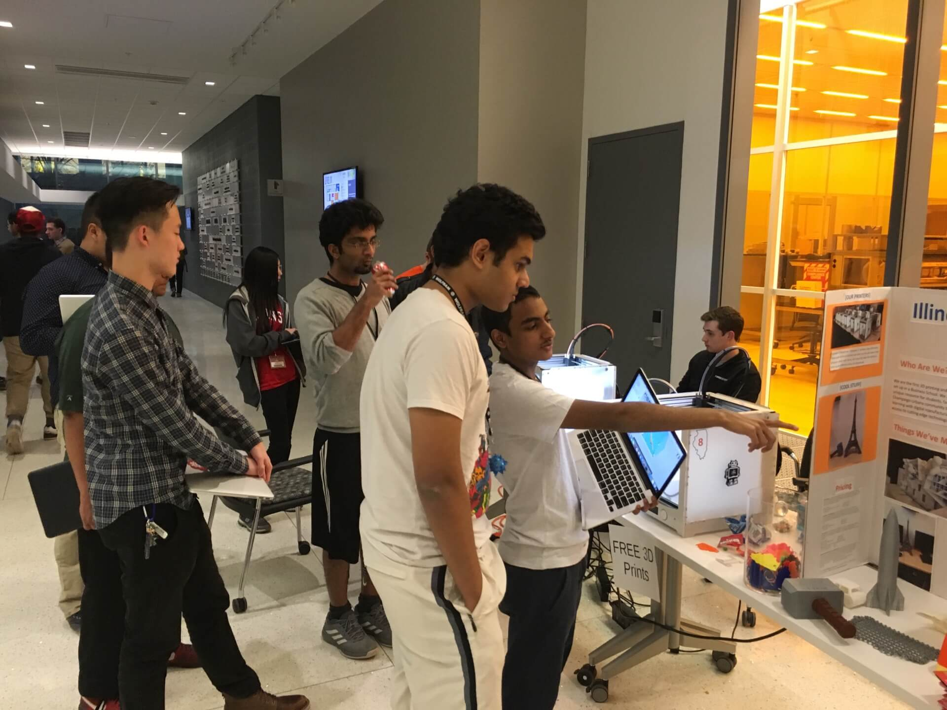 Hackers learning about 3DPrinting