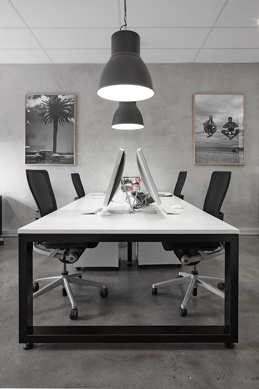 Dedicated Desk - 24/7 access 365 daysMailing addressAccess to meeting/ conference roomErgonomic office chair, desk & lockable drawer storageSit/stand desks (subject to availability)Full time $550 p/month