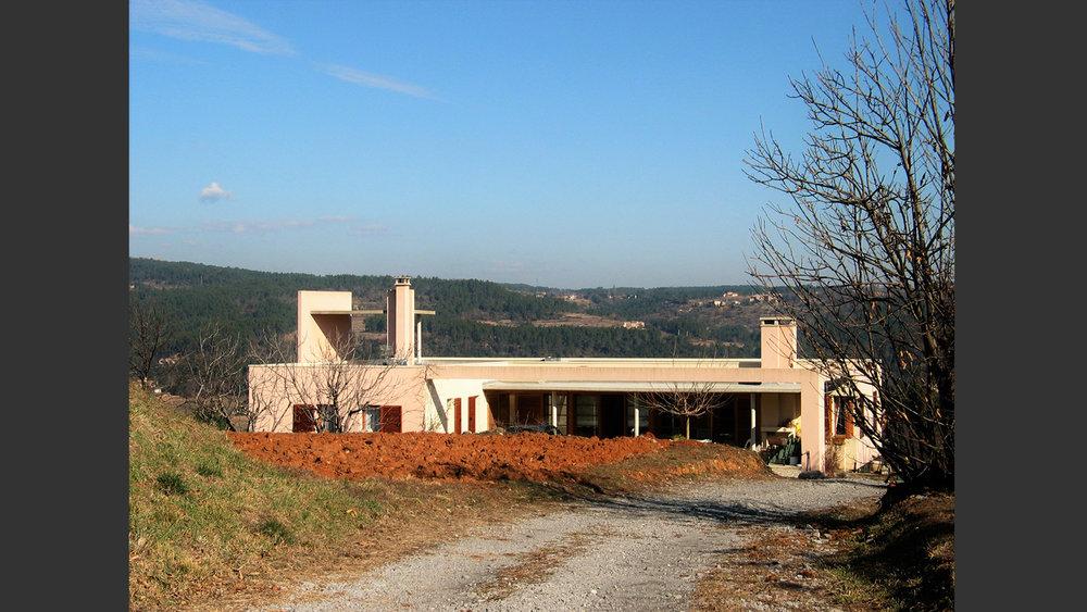 Maison les Vans Ardèche France. Atelier Messaoudi architecture aménagement et design. Bureau d'étude Algérie.