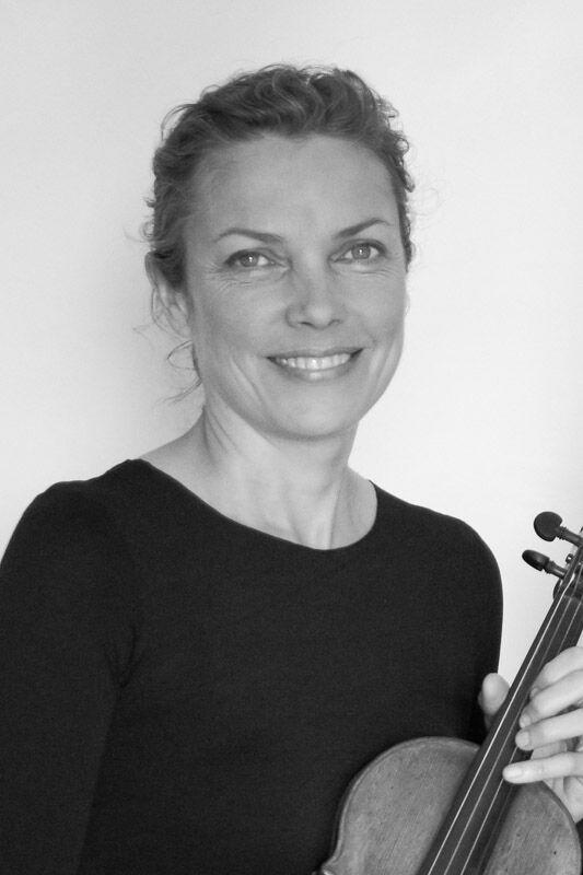 LM headshot violin b&w final.jpeg