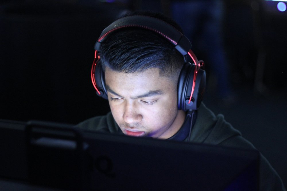 "Sham   I started playing Counter-Strike:Global Offensive in 2014 for fun with friends when i was about 12 years old, but only started playing competitively in Global Offensive since 2016.  I believe I am a ""smart"" player who can support my teammates to allow them success to bring the win home."
