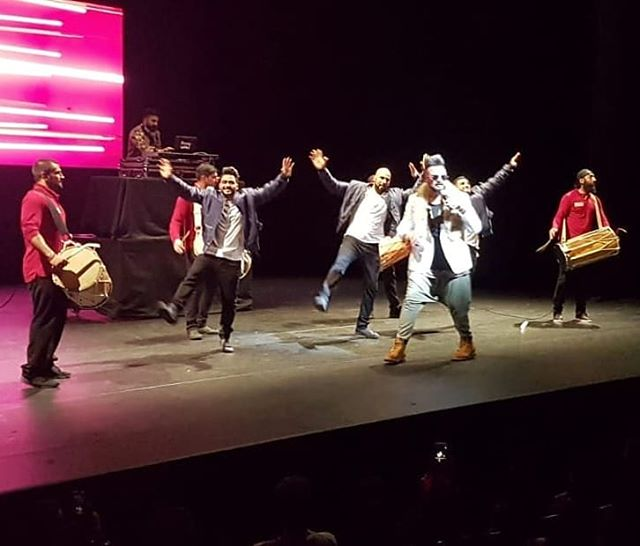 Great collaboration on stage @desifrenzy @igurjsidhu @back2backdancers @beatsbylions 📷 Caught in the action!🎬