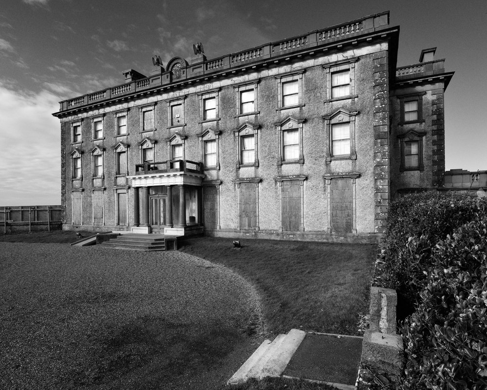 Loftus Hall 1. Chapter 3 header copy 2.jpg