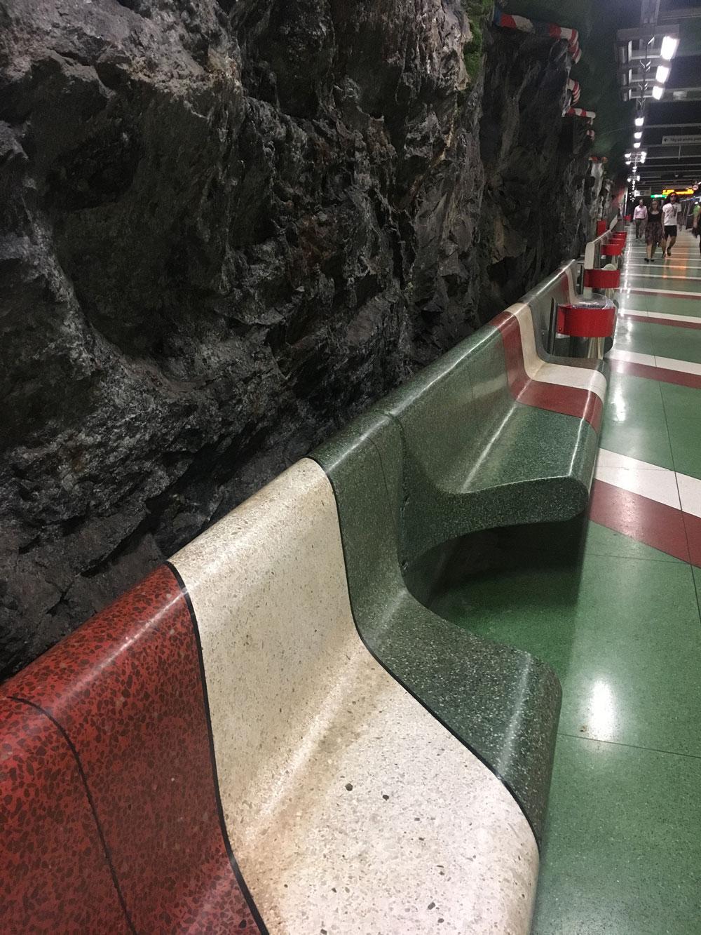 Stockholm-subway3.jpg