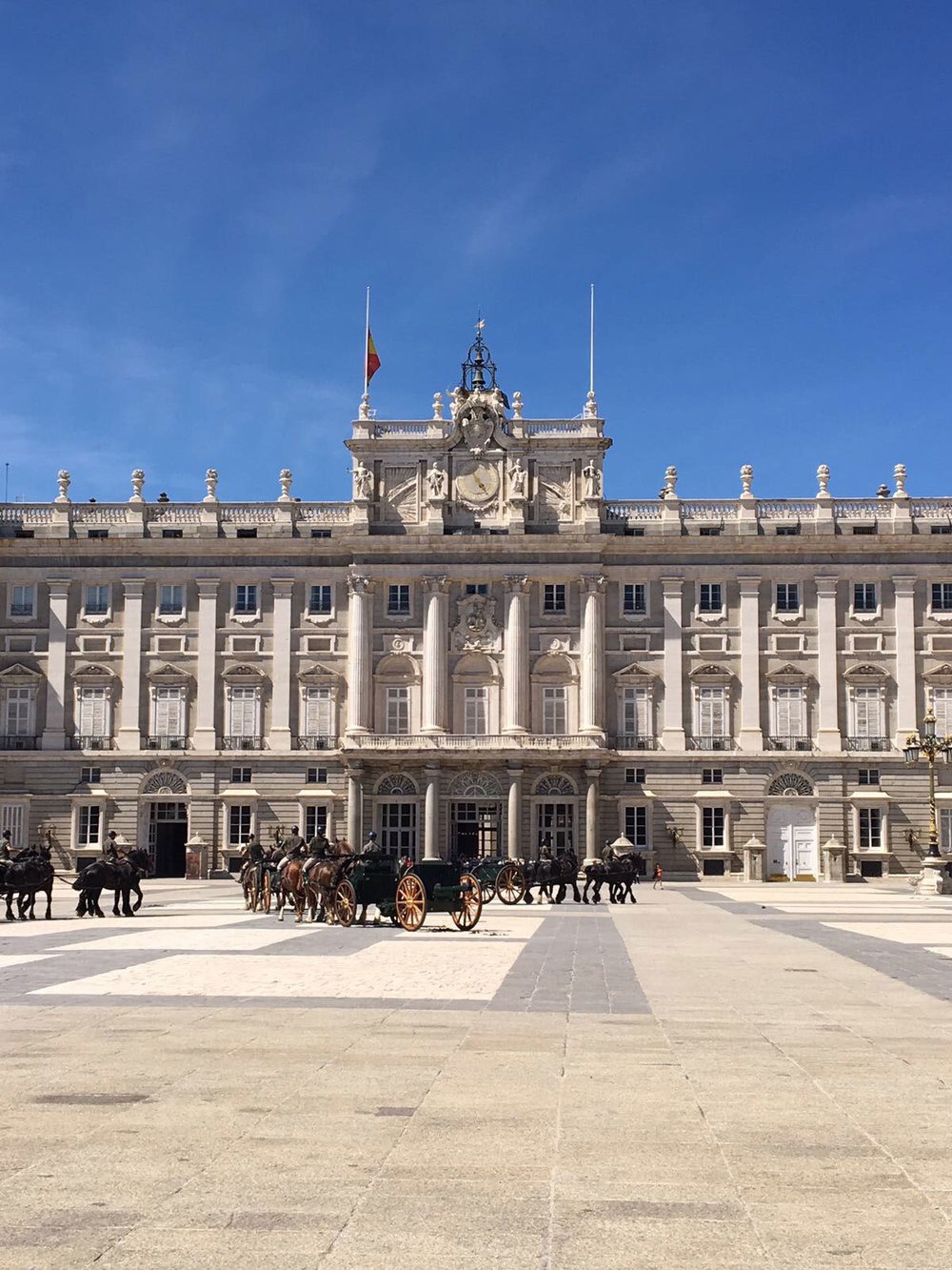 Madrid-royal-palace.jpg