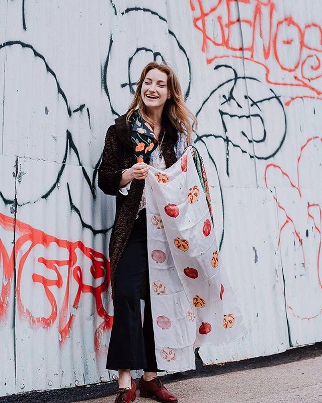 Silk scarves & botanical prints with @imogenrolfe @houseofrolfe ✨🌹