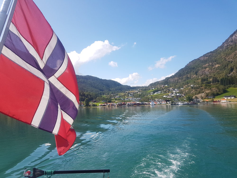 norway flag fjord.jpg