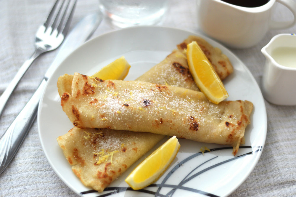 Vegan Crêpes - Who knew you could make vegan crêpes taste so good? This alternative crêpe recipe uses almond milk adding a slightly sweet and nutty flavour to your crêpes. A perfect alternative to our French crêpes.