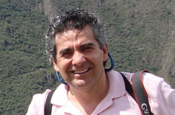 Prof. Gerardo Ceballos