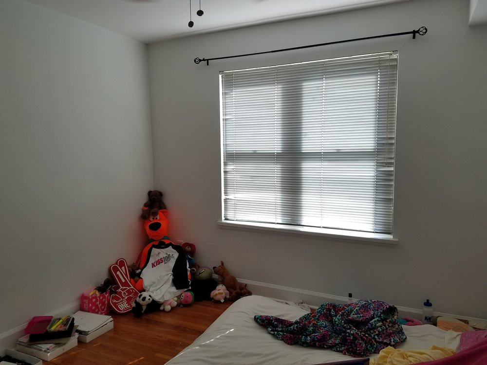 daughters room before 2.jpg