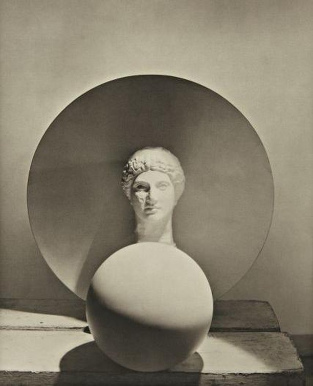 This is my concentration face Horst P. Horst Classical Still Life N.Y. ~ 1937 #glmood #thingsthatmakeyoureyessing