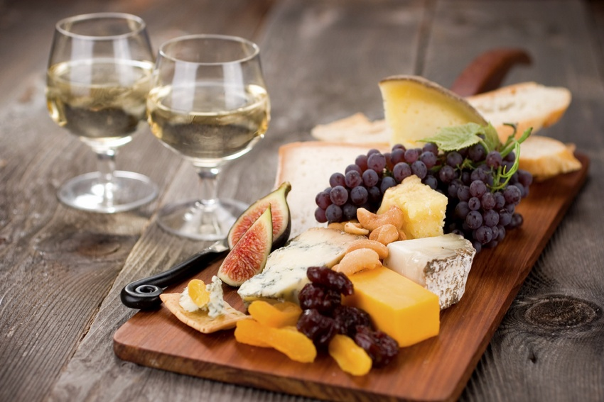 Wine-cheese-fruit-pairings.jpg