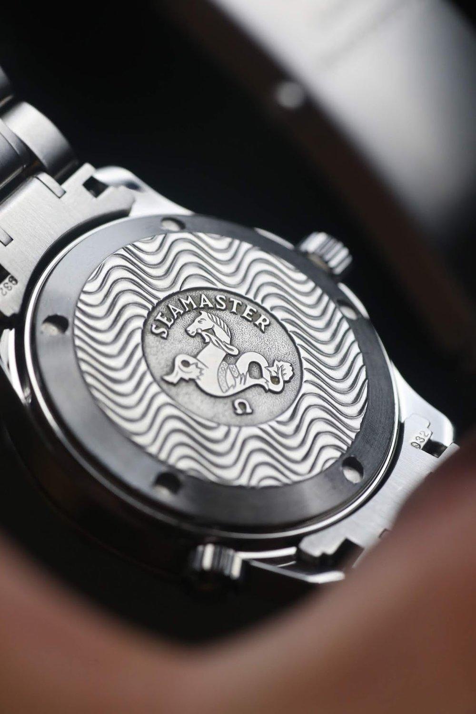 Omega Seamaster Electric Blue case back Watch Vault.JPG