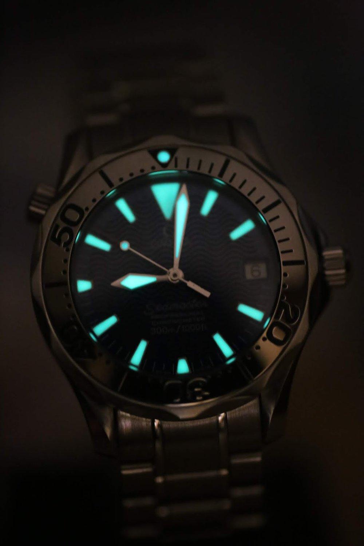Omega Seamaster Electric Blue Lume Watch Vault.JPG