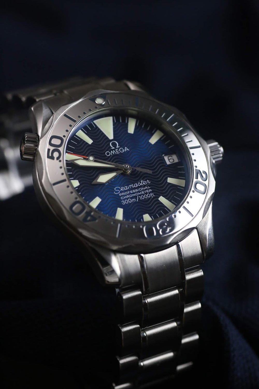 Omega Seamaster Electric Blue Watch Vault 2.JPG