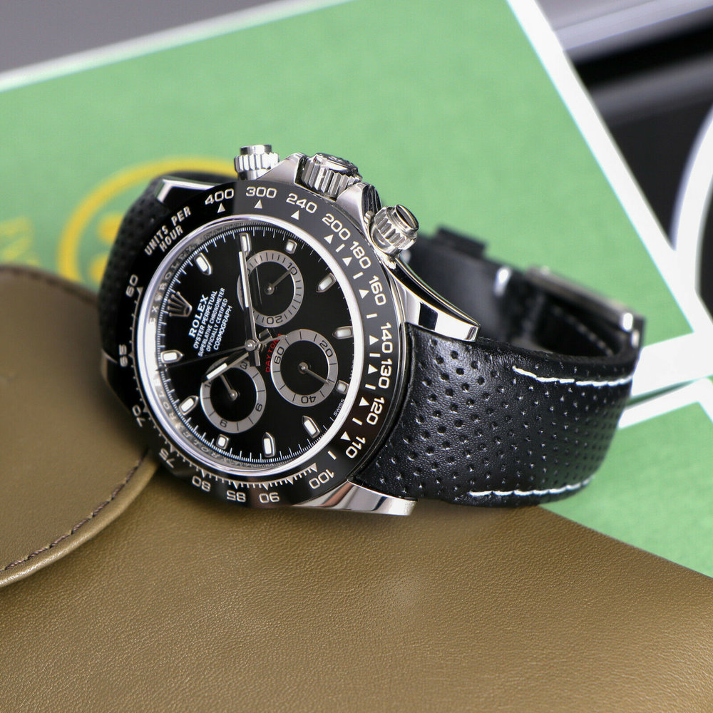 Everest Curved Racing - Black   https://www.watchvault.com.au/strapstore/everest-curved-end-racing-leather-strap-for-rolex-with-tang-buckle