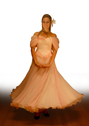a_pinkdress01.jpg