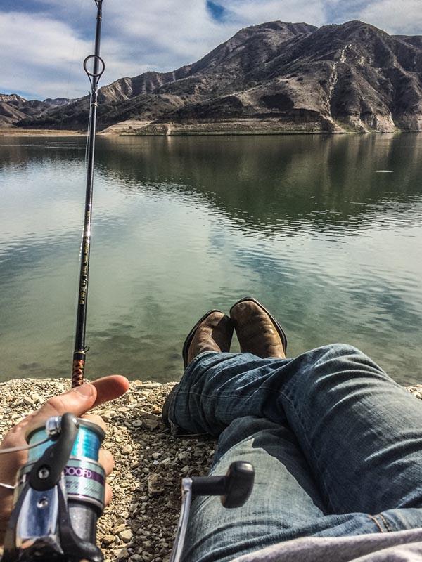 piru-fishing-feet.jpg