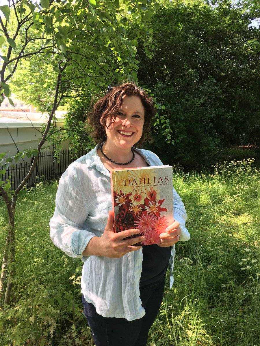 Naomi Slade with Dahlias book, credit Karen Gimson.jpg