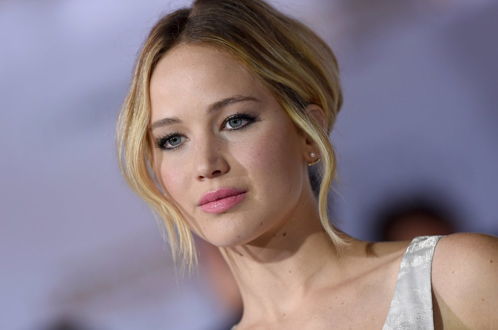 jennifer_lawrence_tackles_the_hollywood_pay_gap_headon_in_gender_equality