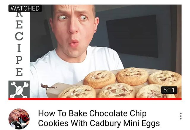 It's been a while but a new video is up on #youtube 😎🤘 This is my favourite biscuit, or cookie 😉, recipe. Super easy to pump up to 11 by topping with your favourite things. I like jelly babies on these but that gets really messy so today it's chocolate chip cookies using smashed up mini eggs 🗿🌴 (Easter Island head .... see what I did there? ...... )  Link is in my profile youtube.com/dudecoffeeandsmoke