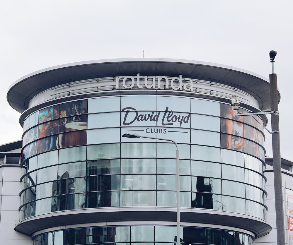 David Lloyd rebranded and we went through a Capex rollout programme covering 45 sites across the UK and Europe. The brief was to overhaul all internal and external signage across all sites, working closely with main contractors to a tight rollout programme.