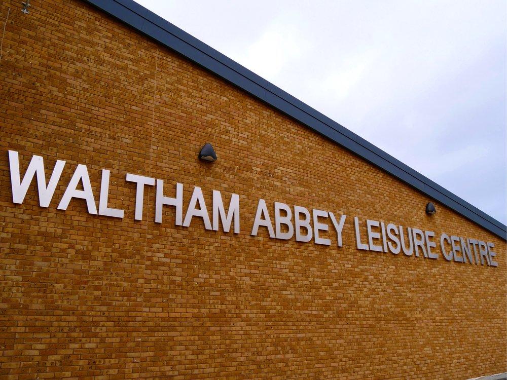 Waltham Abbey Leisure Centre   External Signage