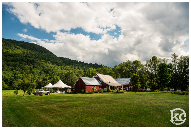 Intimate-Vermont-Wedding-Kristin-Chalmers-Photography_0025