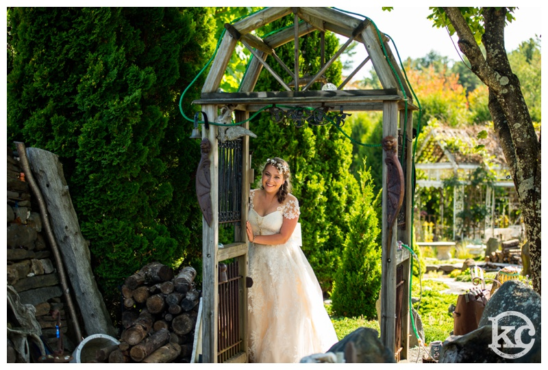 Medieval-Wedding-at-Three-Sisters-Sanctuary-Kristin-Chalmers-Photography_0031