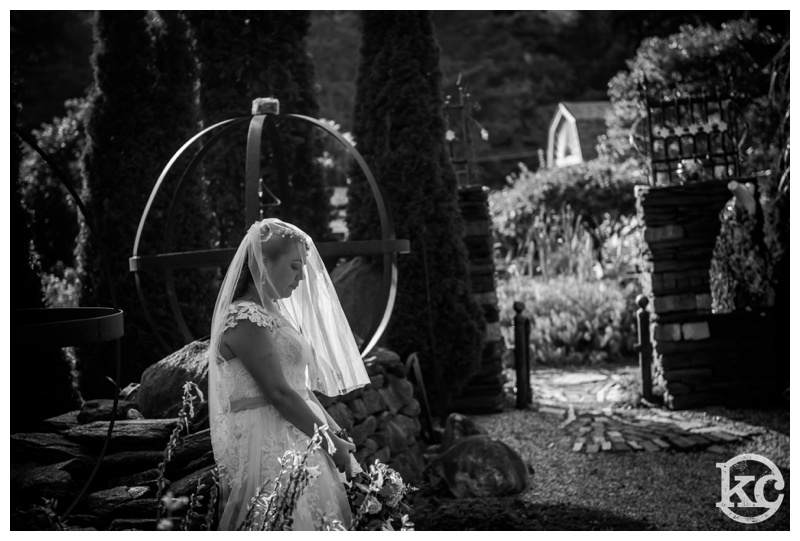Medieval-Wedding-at-Three-Sisters-Sanctuary-Kristin-Chalmers-Photography_0051