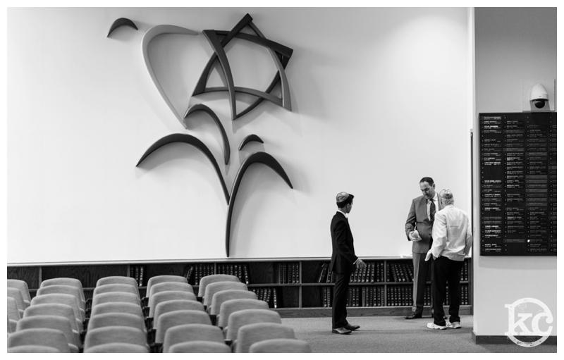 Temple-Beth-Avodah-Bar-Mitzvah-Kristin-Chalmers-Photography_0002