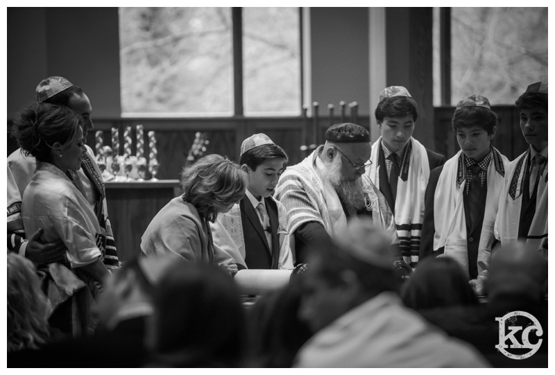 Temple-Beth-Avodah-Bar-Mitzvah-Kristin-Chalmers-Photography_0036